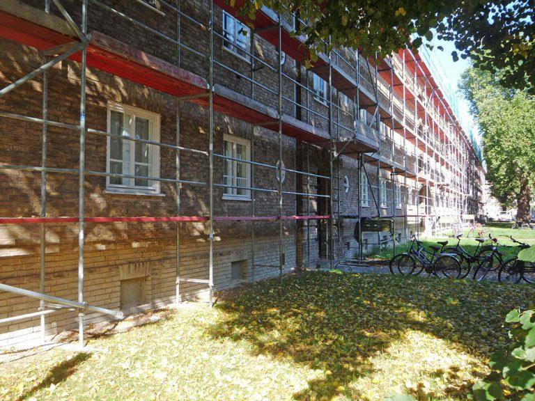 Fassadengerüste montiert von Reiwand und Lobenstein Gerüstbauer