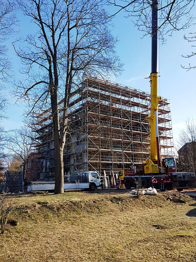 Wetterschutz Gerüst gebaut von Reiwand und Lobenstein in Potsdam